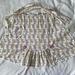 Vintage cotton apron with ruffle detailing